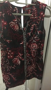 black and red floral textile 726 km