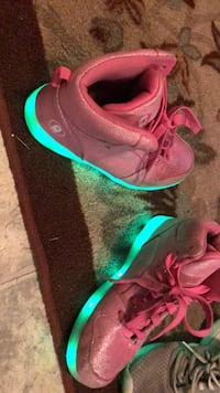 Light up shoes size 6 Dade City, 33523