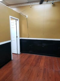 COMMERCIAL room for rent