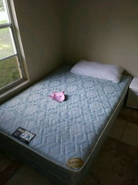 Full size mattress and box spring  Summerfield, 34491