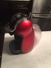 Nescafe Dolce Gusto coffee machine Brampton, L6Y 1B9