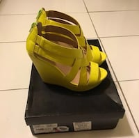 Material Girl Wedges Richmond Hill, L4C