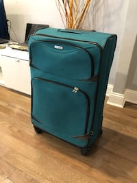 """TAG 29"""" spinning suitcase New York, 11354"""