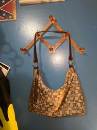 PURSES ..TOTES .HANDBAGS.. CLUTCHES 10$ EACH. OR 2 St. Catharines