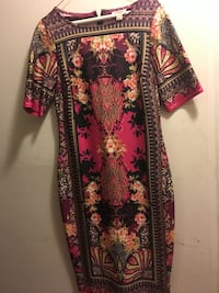 red, black, and white floral long sleeve dress Germantown, 20874