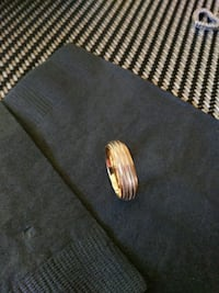 White and yellow gold ring 10k