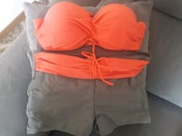 SIN ESTRENAR. TALLA M. PUSH UP Palma, 07013