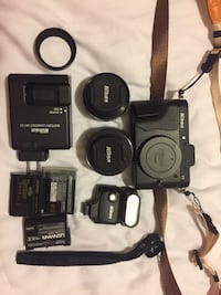 Nikon Mirrorless V1 with 2 great Lenses + many others! Vancouver, V5W 3K3