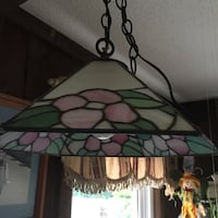 white and green tiffany pendant lamp