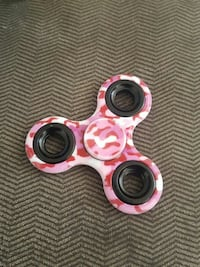 pink and red camouflage hand spinner Eagle Mountain, 84005