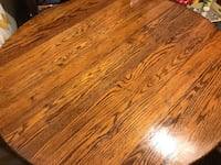 Solid wood dining table  Lexington, 73051