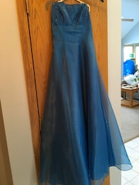 Formal Gown Size 7-8