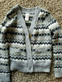 Girls sweater size 6 Lewes, 19958