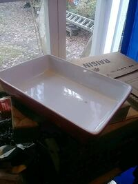New red casserole dish 10 in by 7 in $15 Fairfax, 22032