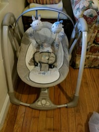 Baby Swing Perfect Condition  New Rochelle, 10801