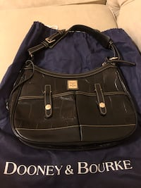 Dooney & Bourke Black Croco Safari Bag Bowie, 20716