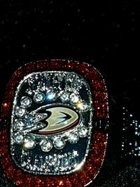 Anaheim stanley cup champion replica ring
