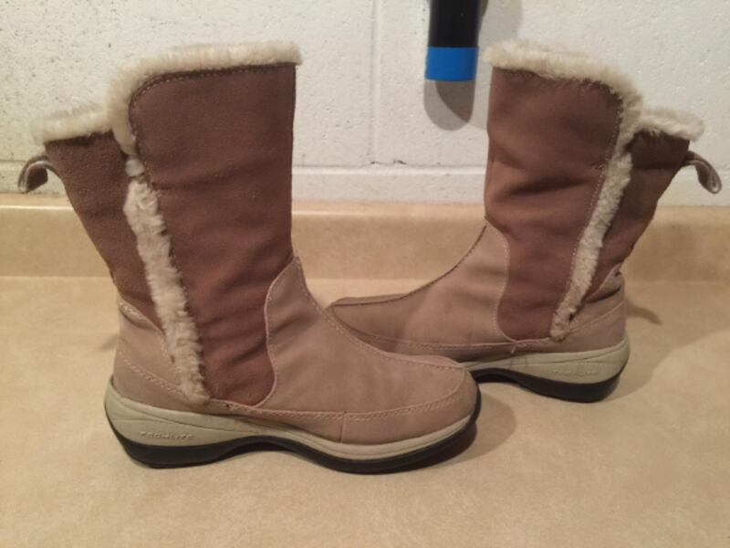 Women's Size 6 Columbia Delancey Waterproof Insulated Winter Boots 2
