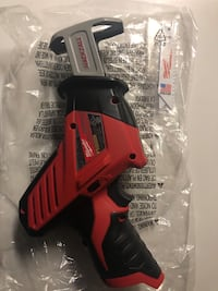 Milwaukee m12 sawzall