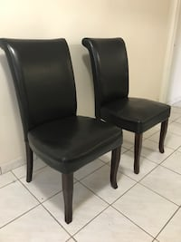 2 Brown cushioned chairs with high back. Very comfortable! Hialeah, 33014
