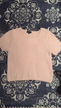 white scoop-neck sweater Toronto, M9R 2S3