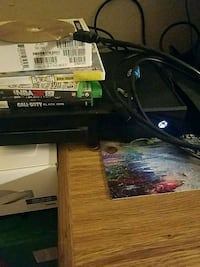 Xbox one wit games 2 controllers $175 obo
