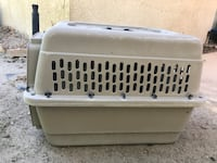 Gray pet carrier Cathedral City, 92234