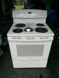 white, electric coil range oven Gulfport, 33707