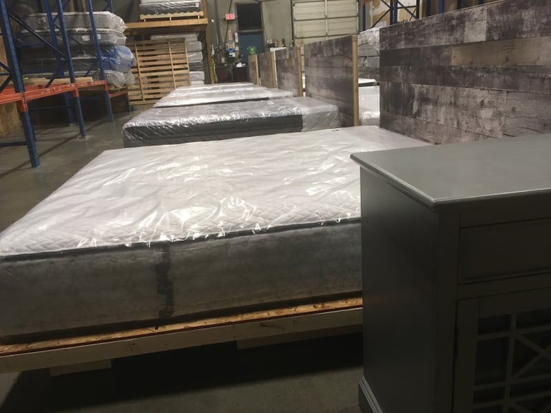 LUXURY MATTRESS CLOSE OUT SALE - $199-$999 Simmons, Sealy, Serta, + + e9347437-5456-4d92-aed3-7ee28569d3c0