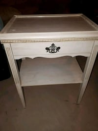 Side table or Night stand  Welland, L3B 1M8