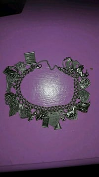 $900 James Avery bracelet w/24 charms  1381 mi