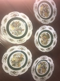 Five collectible plates five dollars each Eastvale, 92880