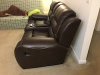 Leather Recliner Sofa Herndon, 20171