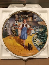 Wizard of Oz Collectible decorative plate  Georgetown, 49428