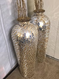 """Set of 2 large 30"""" tall handcrafted mosaic vases free bamboo sticks click on my profile picture on this page to check out my other listings message me if you interested pick up in Gaithersburg md 20877 26 km"""