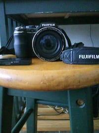 Fujifilm Finepix s4200 (32gb sd card) 45 km