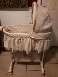 Baby Bassinet St. Catharines, L2S 3X1