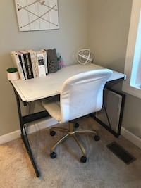 white and black office rolling chair Frederick, 21703