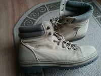 Timberland boots almost new Fairfax, 22033