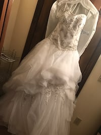 white floral lace wedding dress Fairfax, 22030