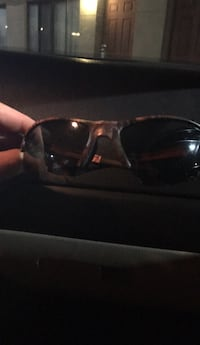 black framed sunglasses with case Silver Springs, 34488