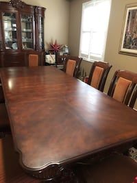 Rectangular brown wooden table with chairs dining set Vaughan, L4H 3P6