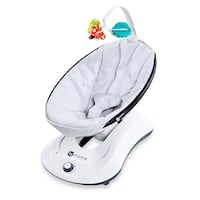 BNIB 4moms® rockaRoo® Classic Infant Seat Swing in Grey Whitchurch-Stouffville, L4A 0X8