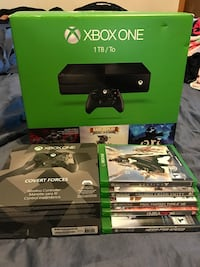 Xbox One console with controller and games Fullerton, 92832