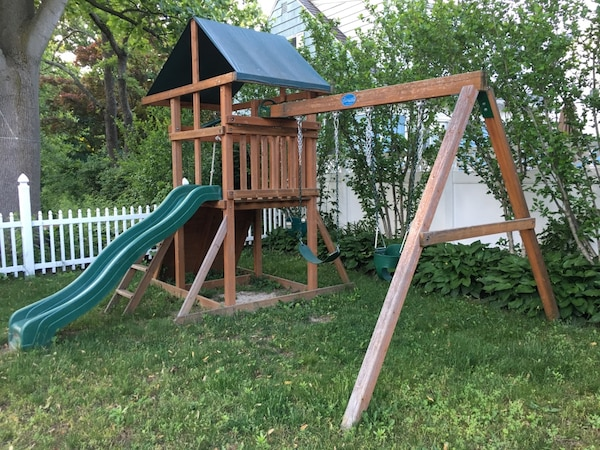 Used Beautiful Play Nation Swing Set With Gorilla Swings Only 3