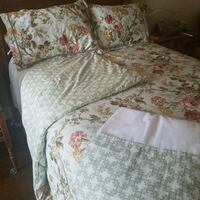 white and pink floral bed comforter set
