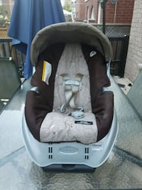 baby's black and gray car seat carrier Toronto, M1E 3T4