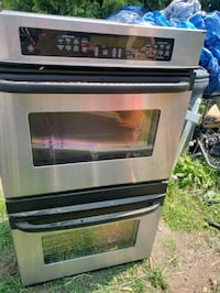 GE double oven and dish washer..