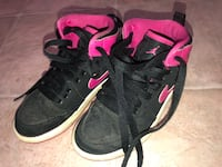 2 pairs of girls sneaker Nike and skatchers size 11c both for $15 North Chesterfield, 23234