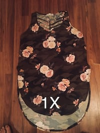 women's black and pink floral sleeveless blouse Lubbock, 79407